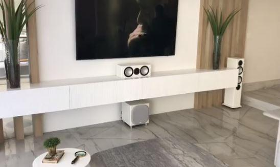 Home theater valor